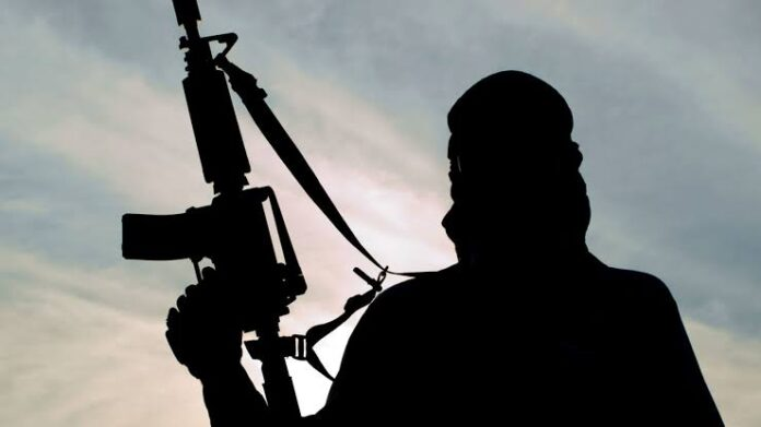 Bizarre! Gunmen Kill 70-Yr-Old Mechanic, Palmwine Tapper, Display Their Heads In Market